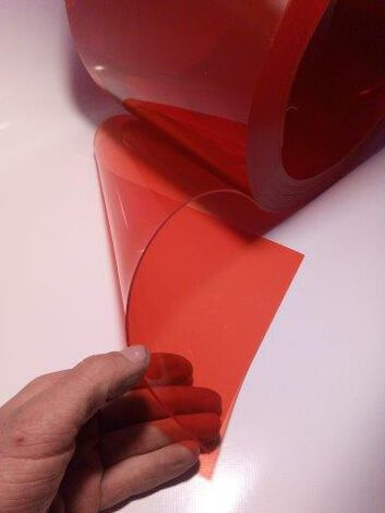 PVC-Lamelle rot-transparent, Meterware, 30 cm, 3 mm